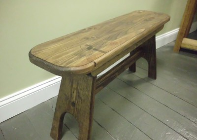 Solid Oak w/Cherry Inlay Top Side Bar